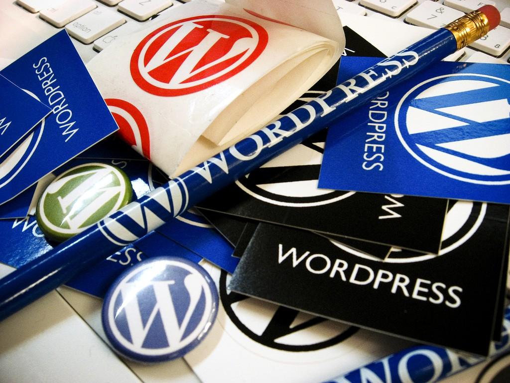 WordPress Schwag, por Armando Torrealba, en Flickr