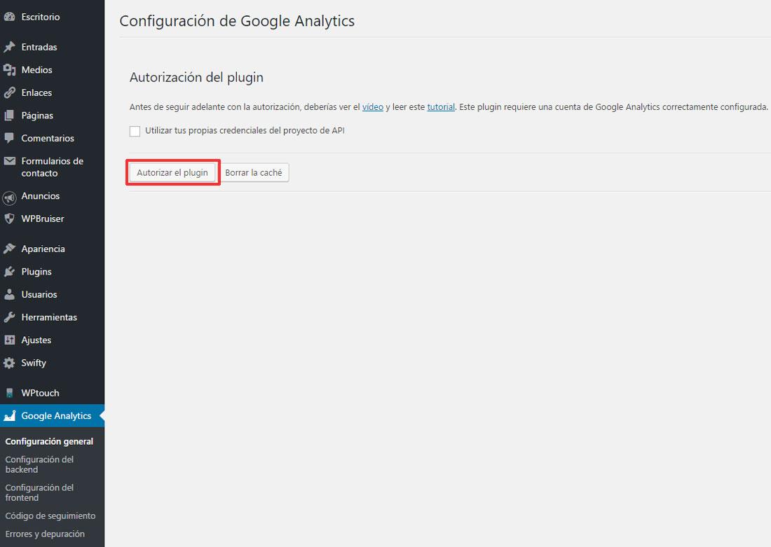 Figura 1 - Autorización para que el plugin conecte con los datos de Google Analytics